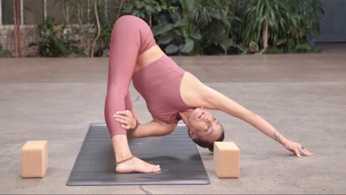 瑜伽练习,提升伸展性,力量性,柔韧性,打造完美身体线条