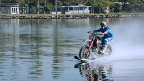 """国外小伙发明""""冲浪""""摩托车,一脚油门下去后,瞬间成为一路焦点!"""