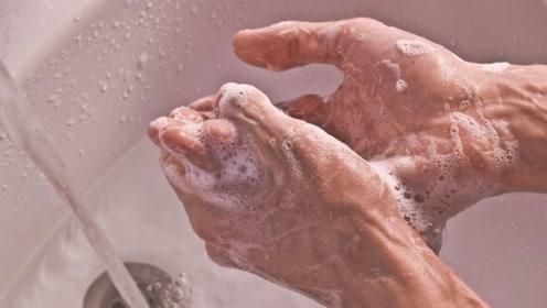 长时间洗澡之后手为什么会变皱?老外亲身试验之后居然瘦了半斤!