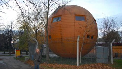 """世界最""""另类""""的国家,居民都住在一个球里,每天还有游客观赏!"""