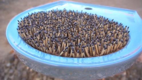 将几千根烟花插在洗脸盆中,点燃后会发生什么?哪个环节出了错吧