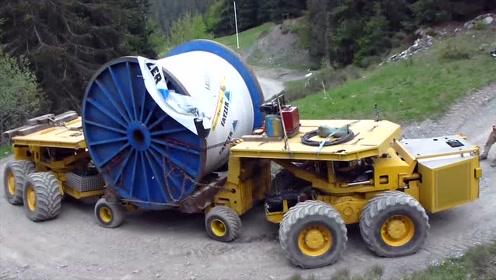 货车载货过拐弯,牛的不是货车而是遥控操作