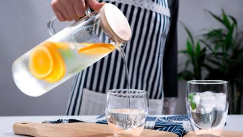 人体一天需要多少水?每天八杯水科学吗?这才是健康的喝法!