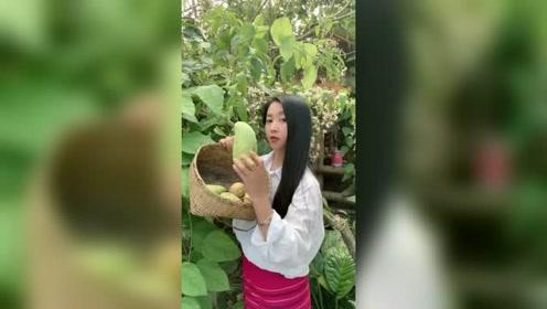 云南人是这样吃生芒果的,实在太酸爽了