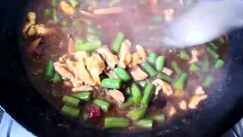 鸡蛋豆角和牛肉,胡搭乱配做出不一样的美味,1周3次不嫌多