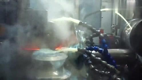 恕我直言,这才是真正的顶级制造过程!机器转动的时候我就服了!
