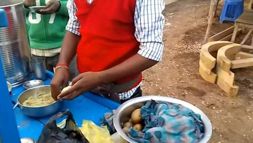 印度史上最出名街头小吃,这奇特吃法