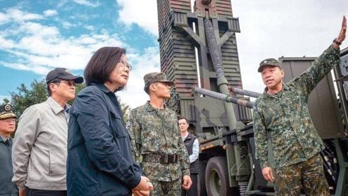 """台军耗费12年才购买的""""爱国者""""导弹,又被美方突然大举加价"""