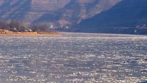 美翻了,黄河峡谷现冬日流凌景观
