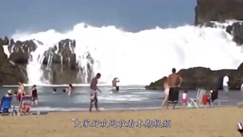 遇到海啸时,为何一定要拼命冲向海啸?网友:恍然大悟!