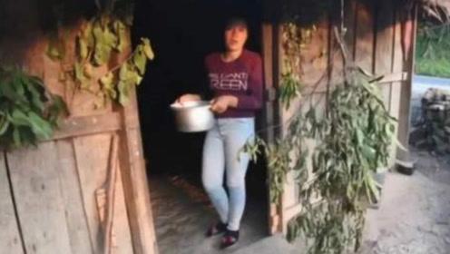 在老挝,为什么门口挂树枝的人家不能进?有小伙不听,结果后悔了!