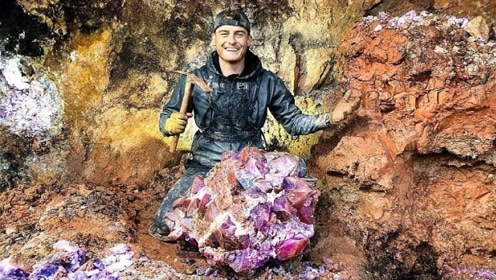 小伙水晶矿中挖宝,发现价值5万美元的紫水晶!网友:这次赚大了!