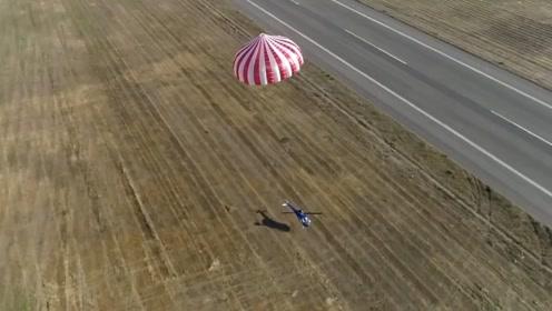 为了让直升机不坠机,老外给直升机安装了降落伞,真的有效吗?