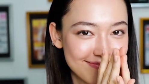 香奈儿御用模特,不化妆直接上台,被网友称为最漂亮的素颜美女!