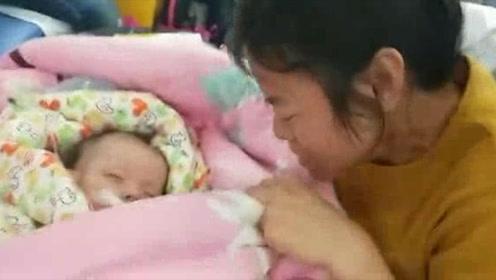 """8个月患儿命悬一线紧急转院北京 请为""""琼A88132""""避让生命通道"""