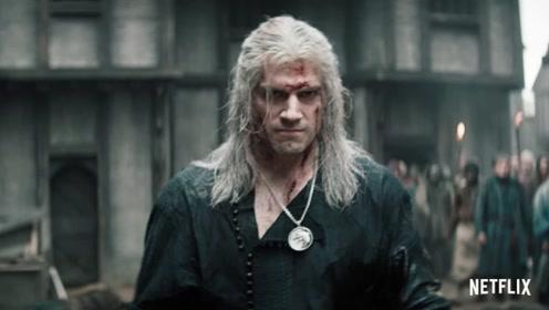 亨利·卡维尔主演剧集《猎魔人》发布终极预告