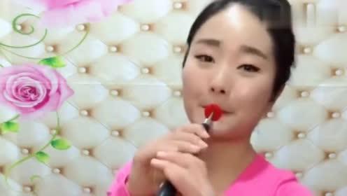 姑娘唢呐吹奏一首《公虾米》,别有一番味道!