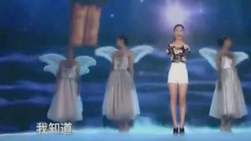 无臂女孩演唱《阳光总在风雨后》《隐形的翅膀》,笑容灿烂!