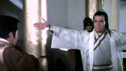剥皮剑客真厉害,在朱五太爷面前直接剥了他手下的皮