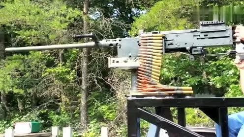 """百年经典老枪,M2式勃朗宁重机枪,战机见到它也得""""怂""""半步"""