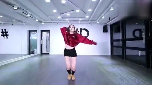 大家想看的全球神曲《Despacito》舞蹈室版帅气编舞