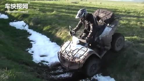 用于挑战极限的全地形摩托车