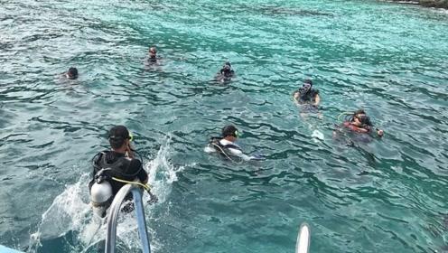 泰国普吉岛翻船事故过去4天 中国在做什么?