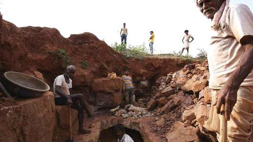 印度锦鲤!工人挖到42克拉巨钻 估价约为157万人民币