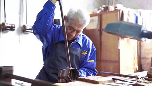 83岁大爷70年绝技制二胡,近200道工序精雕细琢,成全国标准
