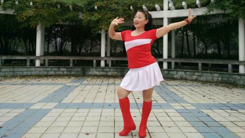 可爱美女跳广场舞《陌上花》浓浓中国风情