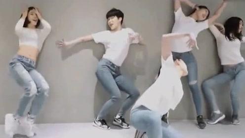 没有对比就没有伤害,韩国女子舞蹈室练习街舞,女生跳街舞也忒帅了