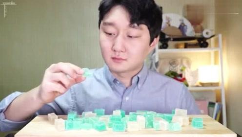韩国吃播:帅欧巴吃颜色超好看的琥珀糖, 咀嚼声超好听!