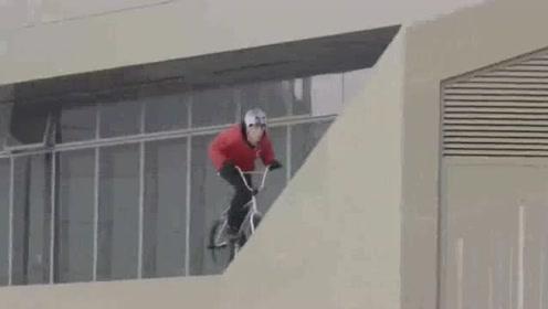 自行车极限运动,终于知道为什么外国人口少了