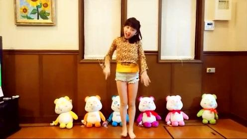 可爱萌系小美女舞蹈模仿 TWICE《LIKEY》