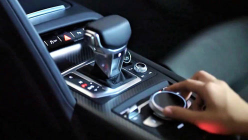 奥迪R8车内按键如何操作?有啥高级之处?你会心动吗