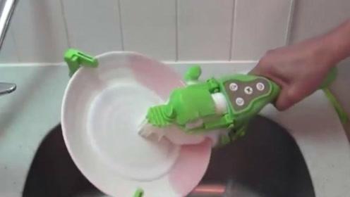抖音爆火的手持洗碗神器,真得好用吗?