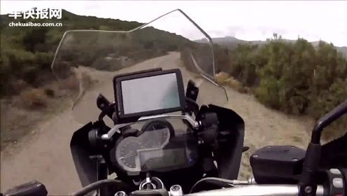 摩托高手骑宝马水鸟跑山,这里的路太惊险了