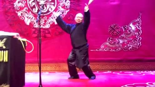 张鹤伦演唱《离人愁》,郎鹤焱这段伴舞绝了