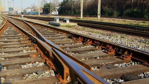 火车上厕所的粪便都去哪里了?真的直接排轨道上吗?现在告诉你答案