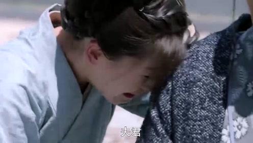 杨勇被废了太子之位后,竟突然疯了,下一秒的举动让人心疼