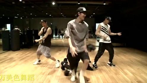 王一博16岁跳舞视频,网友:小伙子天赋异禀啊!