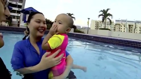 夏天来了, 快去带宝宝们去游泳吧, 看看这些宝贝多棒!