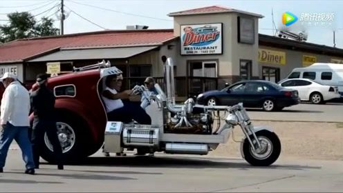 高手改装摩托车,启动后差点以为是拖拉机!