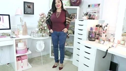 时尚穿搭展示:紧身裤和高跟鞋搭配,尽显女人修长美腿