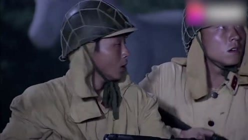 日军掀开石像红布,吓得两腿直哆嗦,石像乱箭齐发把鬼子全部射死