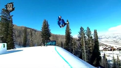 滑雪板的极限挑战,大神展示空中神迹!