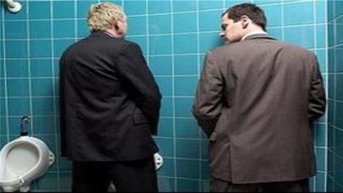 """为什么男性尿尿时,身体会突然""""抖""""一下?大多数人都猜错了!"""