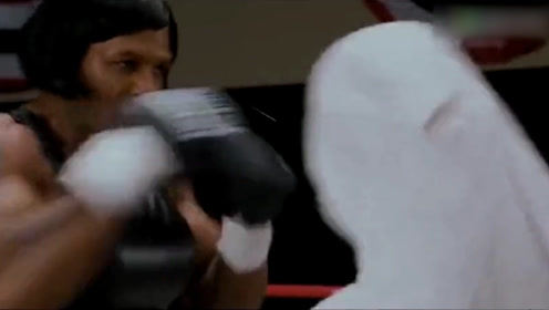 拳王泰森唯一一次与女拳手对打,比赛结果吓倒众人