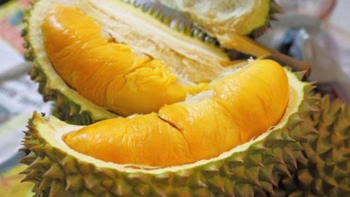 """榴莲被称为""""果中之王"""",但营养专家提醒:这2种人再爱吃也别碰"""