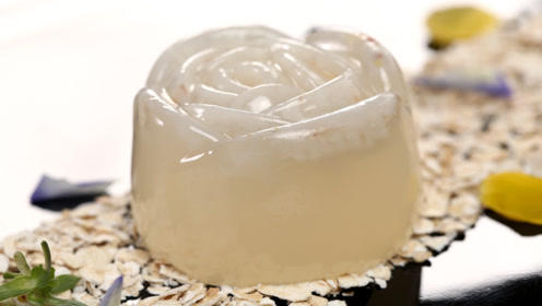 夏季缤纷菜系——荔枝果冻,承包你对甜品的所有想象!